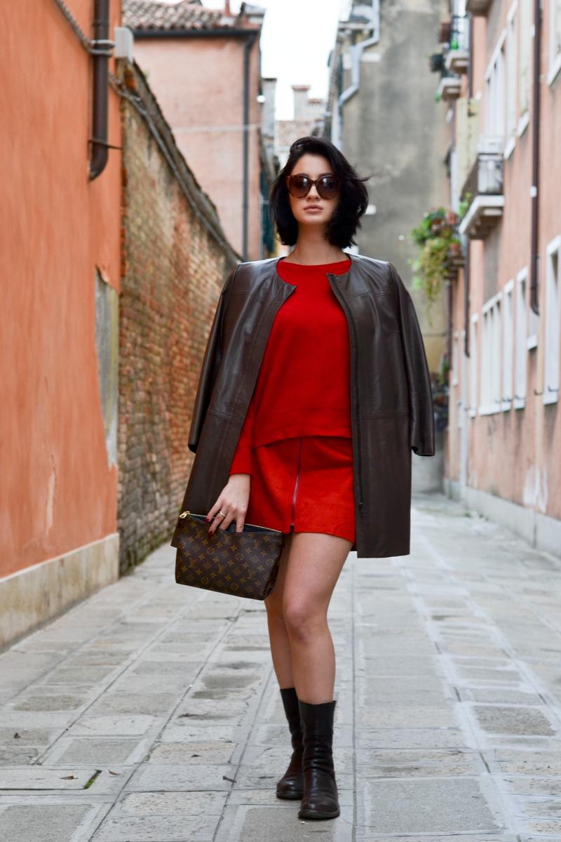 Come creare un outfit in rosso: le ultime tendenze